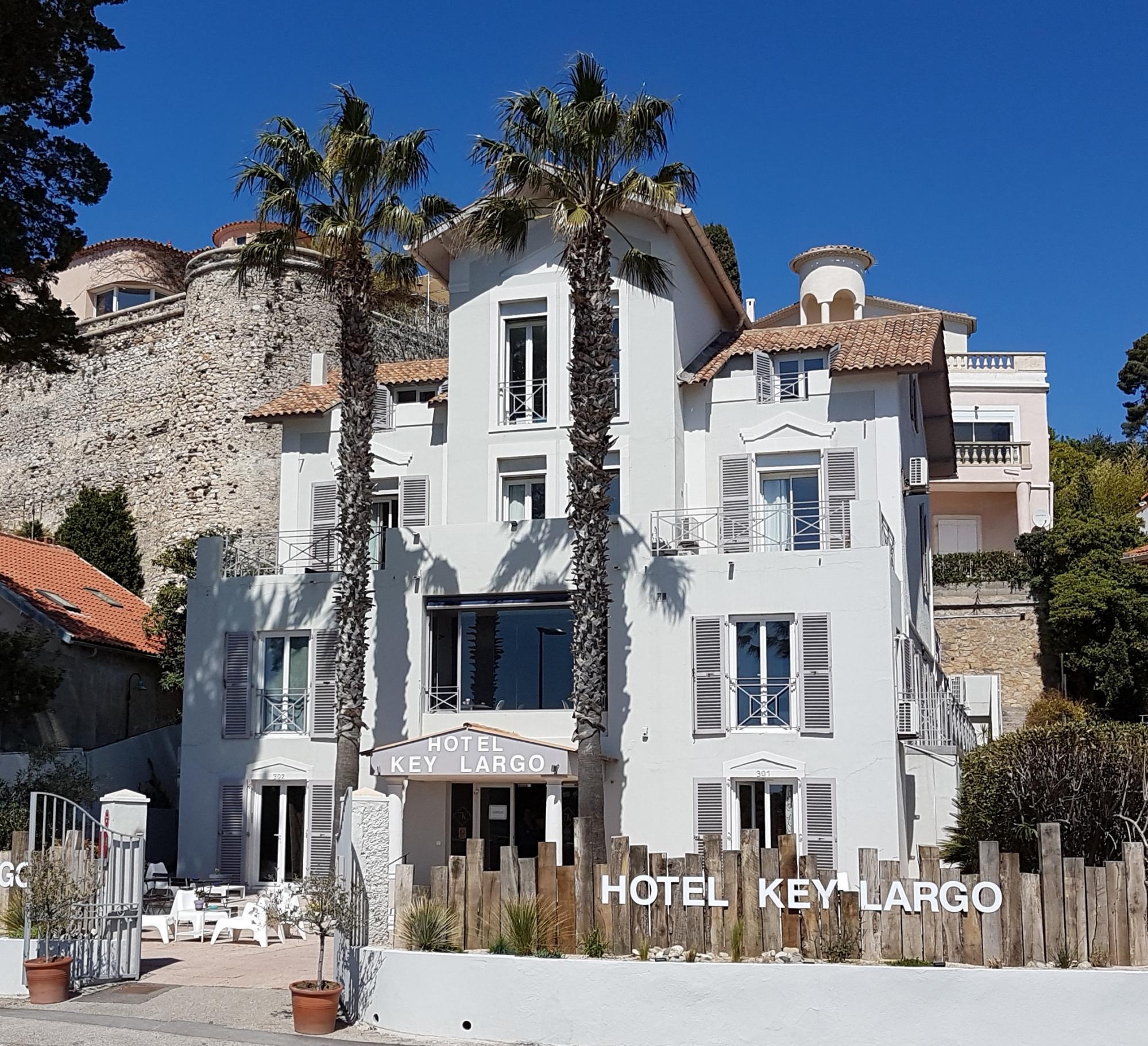 Hotel Bord De Mer Saintes Maries De La Mer